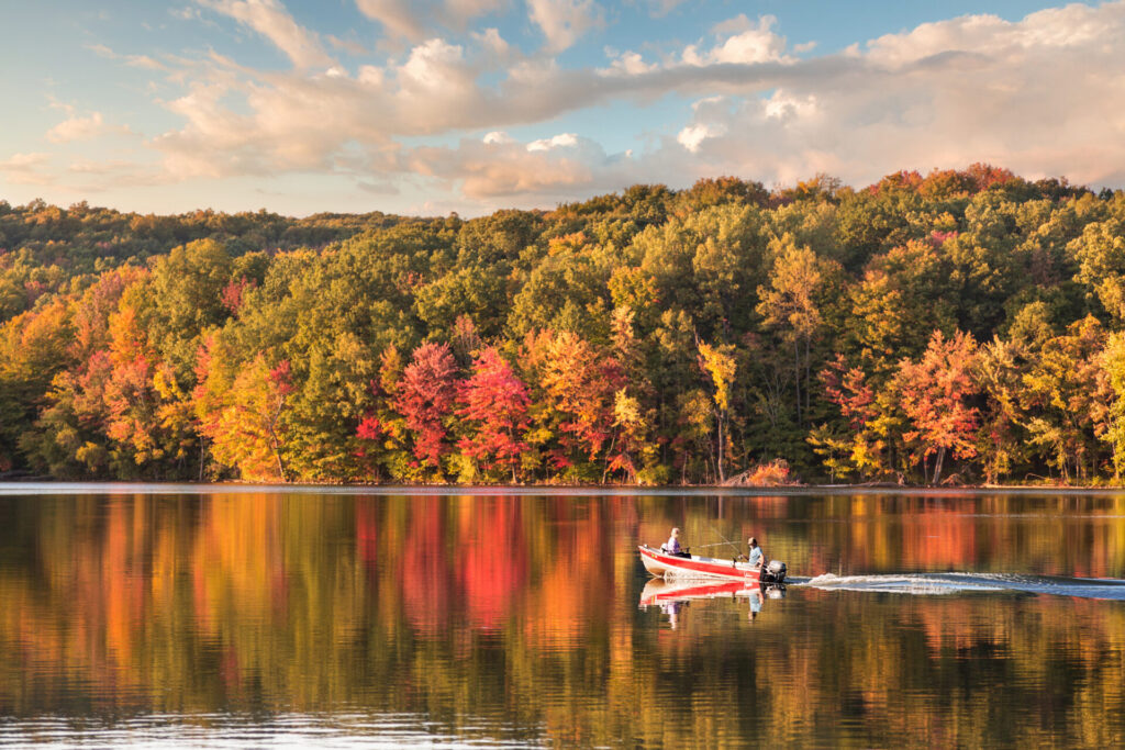 image of connecticut in the fall, a great reason to move to Connecticut.