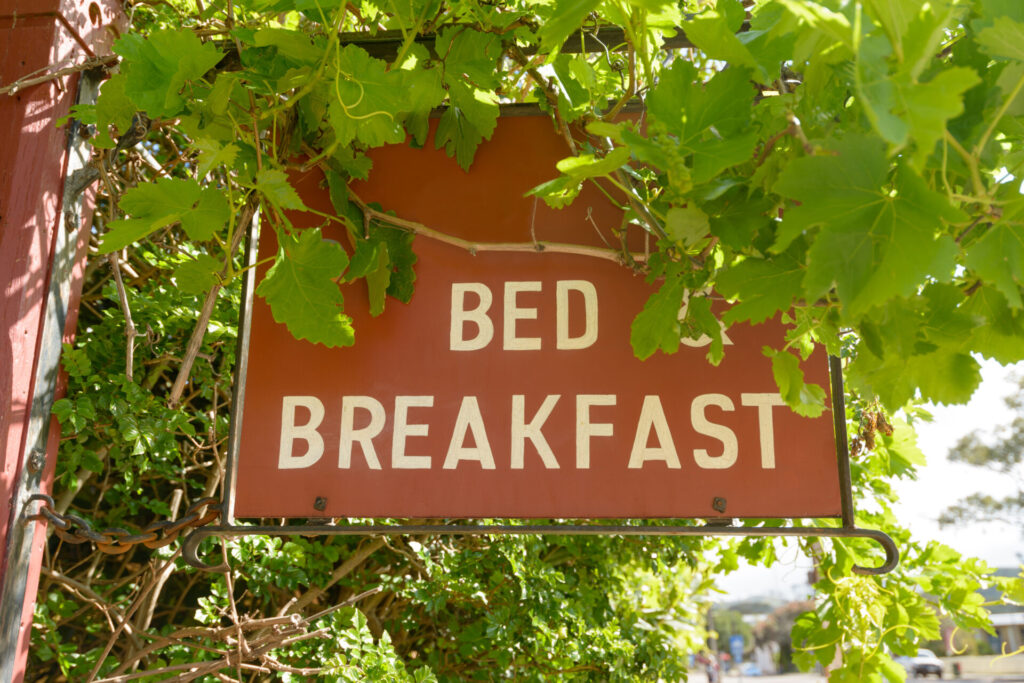 image of bed and breakfast sign.